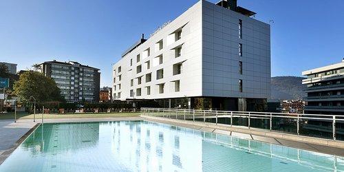 Забронировать Holiday Inn Bilbao