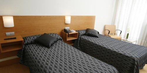 Забронировать Hotel Bilbao Jardines