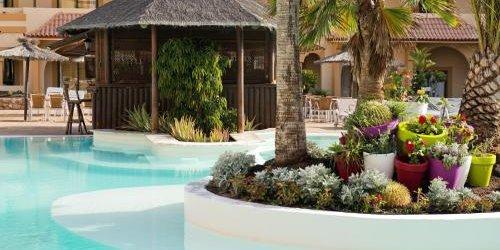 Забронировать Suite Hotel Castillo de Elba