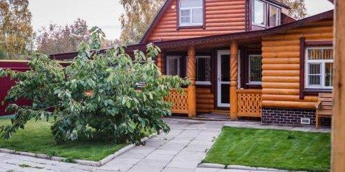 Забронировать Alyonushkin Teremok Guest House