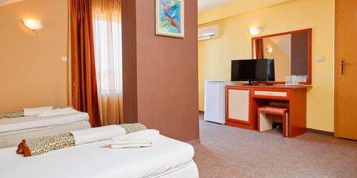 Забронировать Peneka Hotel