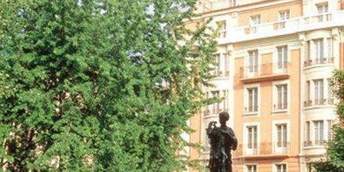 Забронировать Best Western Carlton Annecy