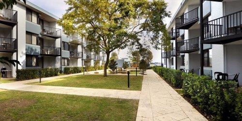 Забронировать Assured Waterside Apartments