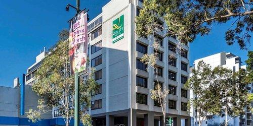 Забронировать Perth Ambassador Hotel