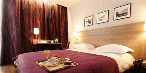 Забронировать Kyriad Paris Ouest - La Défense Courbevoie
