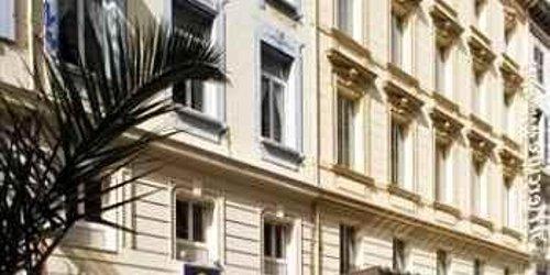 Забронировать Hôtel Carré Vieux Port