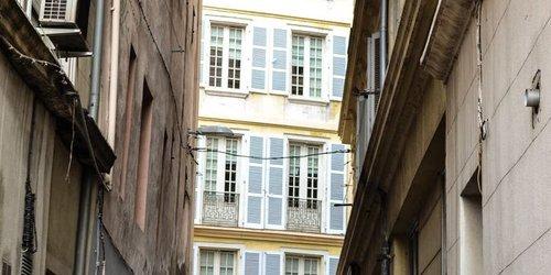 Забронировать Massili'Appart Vieux Port (ex Suite Affaire)