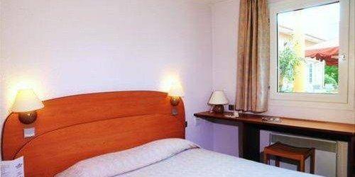 Забронировать Cottage Hotel Reims