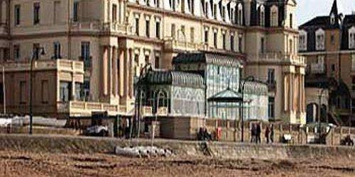 Забронировать Grand Hôtel Des Thermes