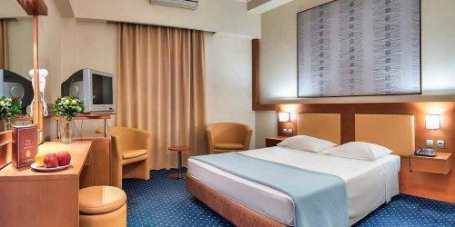 Забронировать Athens Cypria Hotel