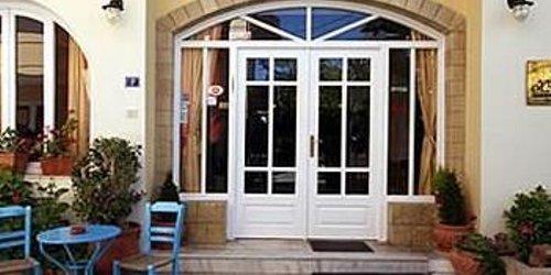 Забронировать Voula Hotel & Apartments