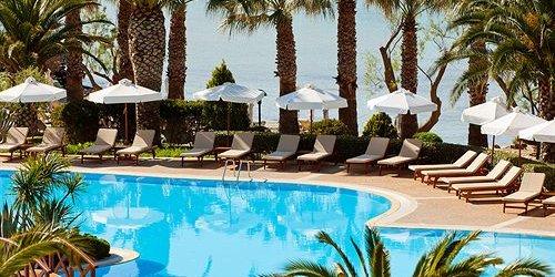 Забронировать Sani Beach Hotel & Spa