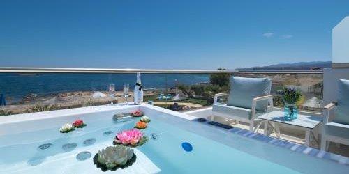 Забронировать Pyrgos Beach Hotel Apartments
