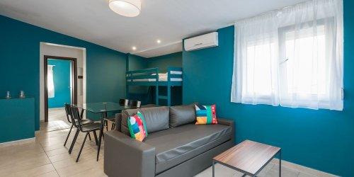 Забронировать Colors Rooms & Apartments