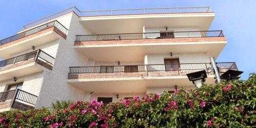 Забронировать Hotel Villa Piras