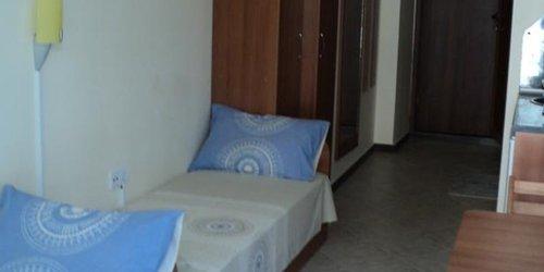 Забронировать Meni Apartments and Guest Rooms