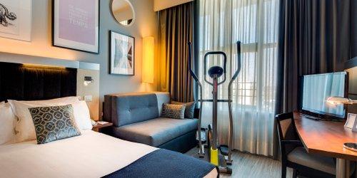 Забронировать Holiday Inn Express Bologna Fiera