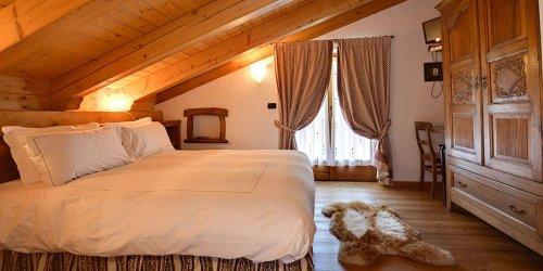 Забронировать Hotel Maison Lo Campagnar