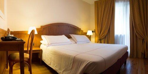 Забронировать Cresta Et Duc Hotel