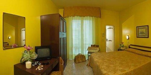 Забронировать Hotel Maremonti