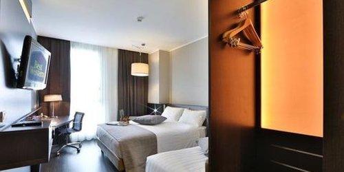 Забронировать Best Western Premier CHC Airport