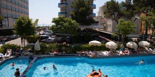 Забронировать Hotel Amalfi