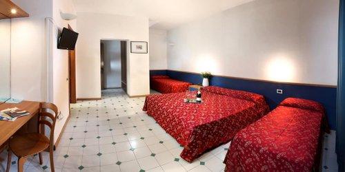 Забронировать Hotel Mediterraneo