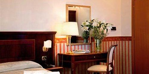 Забронировать Hotel Principe Napolit'amo