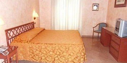 Забронировать Hotel Villa Archirafi