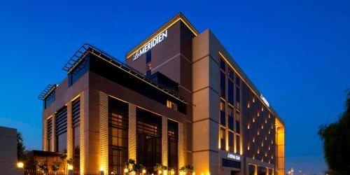 Забронировать Le Méridien Dubai Hotel & Conference Centre