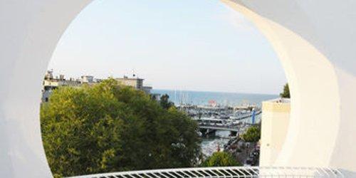Забронировать Hotel Al Cavallino Bianco