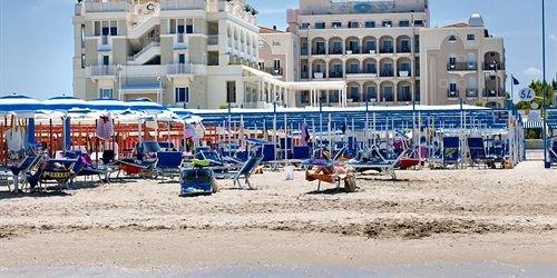 Забронировать Hotel Corallo