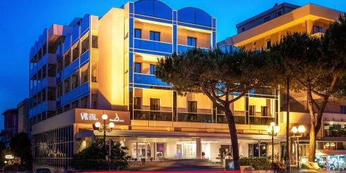 Забронировать Hotel Villa Rosa Riviera