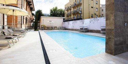 Забронировать Hotel Regina Elena 57 & Oro Bianco