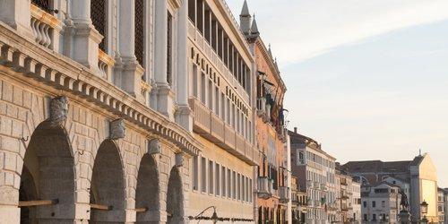 Забронировать Hotel Commercio & Pellegrino