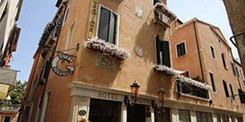 Забронировать Hotel Giorgione