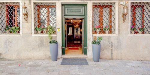 Забронировать Hotel Al Duca Di Venezia