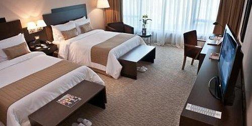 Забронировать The Boulevard-St Giles Premier Hotel