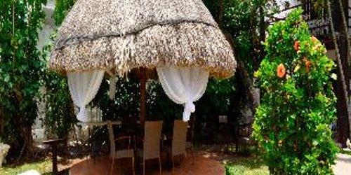 Забронировать Hotel Maya del Carmen