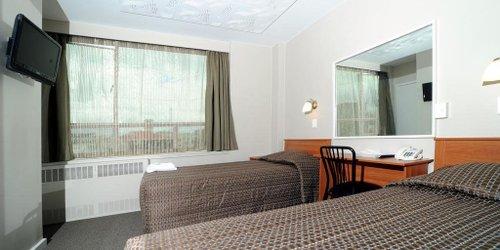 Забронировать Kiwi International Hotel