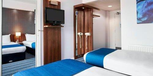 Забронировать Holiday Inn Express Belfast City Queens Quarter