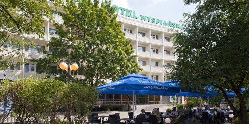 Забронировать Hotel Wyspiański
