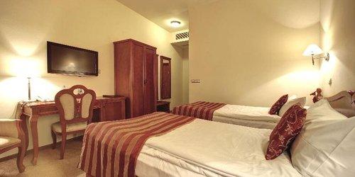 Забронировать Europejski Wrocław Centrum