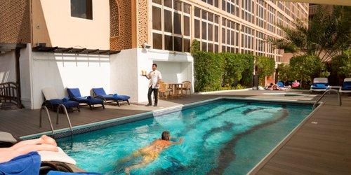 Забронировать Arabian Courtyard Hotel & Spa