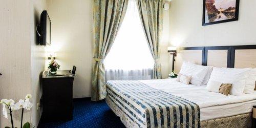 Забронировать Statskiy Sovetnik