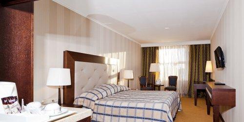 Забронировать Petro Palace Hotel