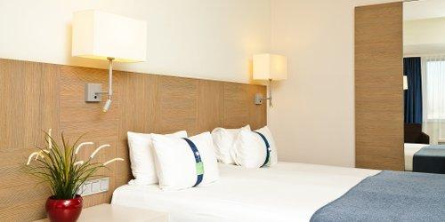 Забронировать Holiday Inn St. Petersburg Moskovskye Vorota