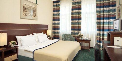 Забронировать Hotel Peter the 1st
