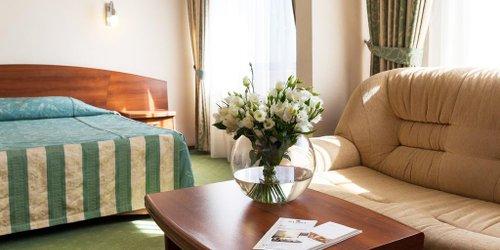 Забронировать Maxima Slavia Hotel