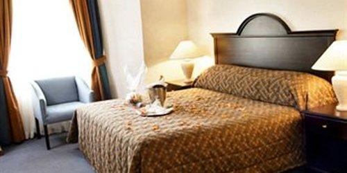 Забронировать Sunnyside Park Hotel